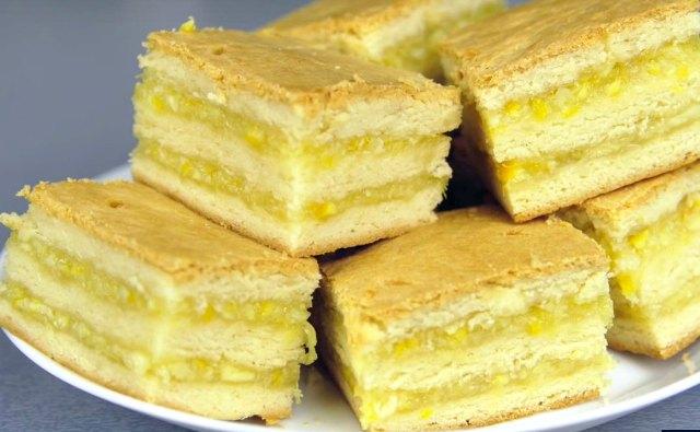 Дріжджовий цитрусовий пиріг