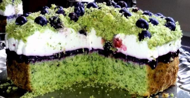 Торт Лісовий мох з чорницями
