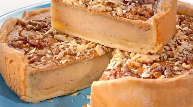 Пиріг з бананом і волоськими горіхами