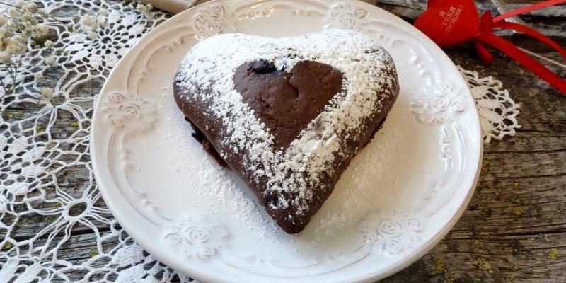 Шоколадний пиріг з чорницями