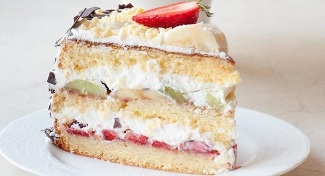 Торт Сімейний з фруктами та ягодами